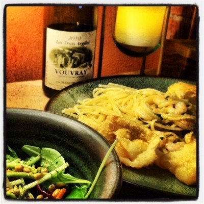 Shrimp Scampi, Salad, crusty bread and a Vouvray!