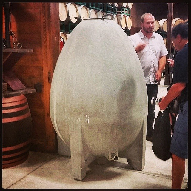 The winemaker and his egg @bridlewoodwine #sbcwine