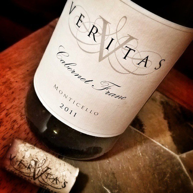 Last night we enjoyed a gorgeous bottle of Cab Franc from @veritaswinery with a New York Strip.