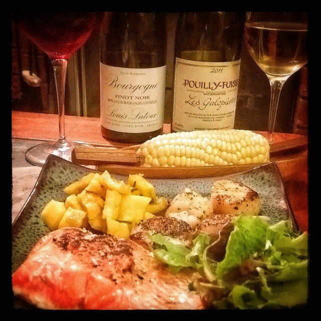 The finished product, salmon scallops fresh sweet corn and delicato squash with a 2011 Puilly-Fusse and a 2011 Bourgogne Pinot Noir.