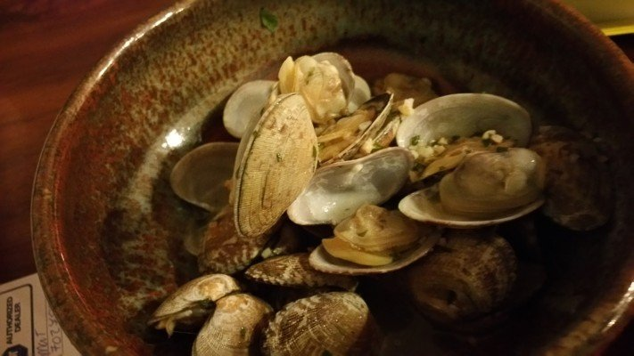 Steamed Clams to pair with Albarino